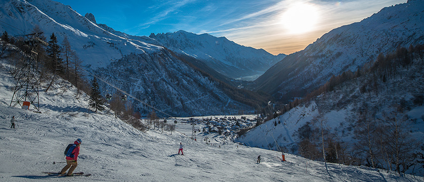 france_chamonix_skiing-into-sunset.jpg